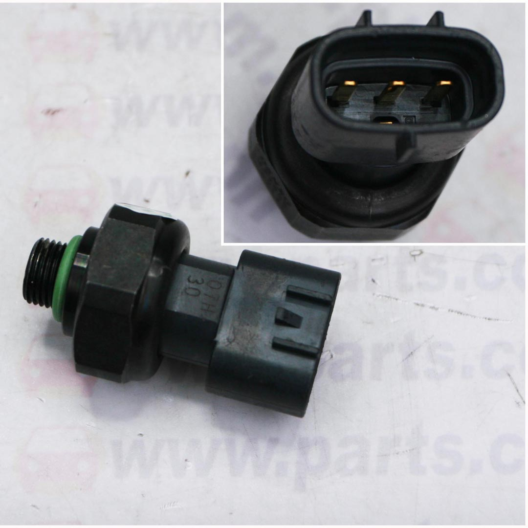 AC Pressure Switch - Land Rover RRS/D3/D4/Altis 08 3Pin - TwinCell